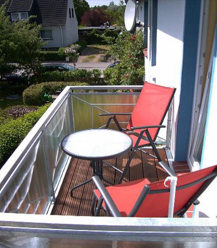 fewo 1 mit balkon dahme ostsee 5 min. Black Bedroom Furniture Sets. Home Design Ideas